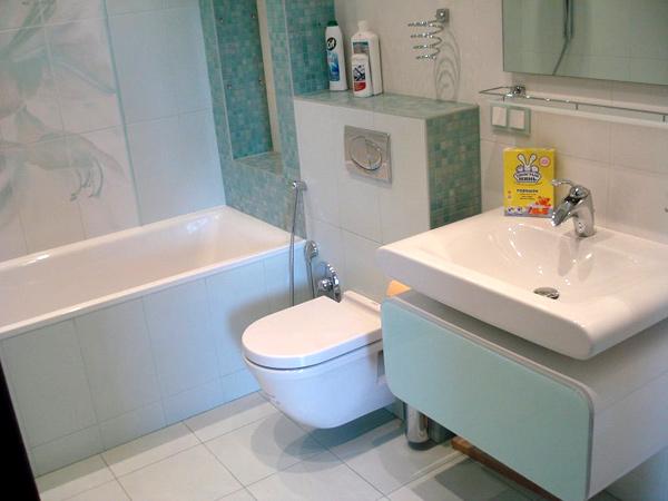 Как сделать ремонт в маленьких ваннах фото 295